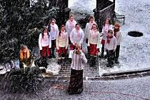 Rozsvícení vánočního stromu v Domově důchodců v Ústí nad Orlicí.