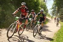 Slunečné počasí přilákalo na letošní Bikemarathon rekordní účast jezdců.