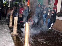 V Žamberku přivítali rok 2016 Novoročním ohňostrojem.