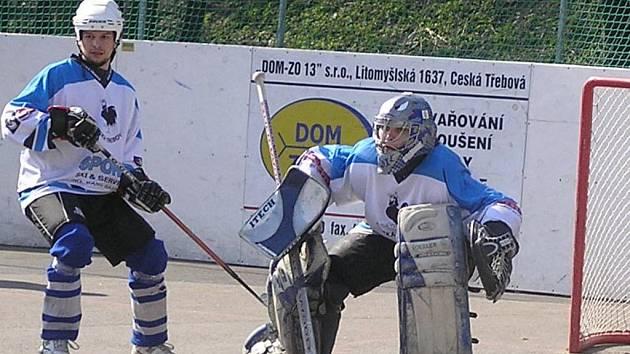 Českotřebovský gólman Radek Ehrenberger inkasoval v zápase pouze dvě branky. Jeho tým přesto prohrál.