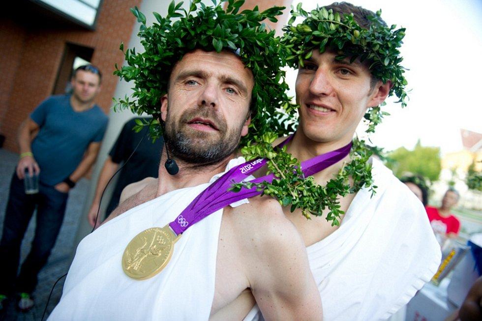 Ústí vítalo olympijského vítěze Jardu Kulhavého.