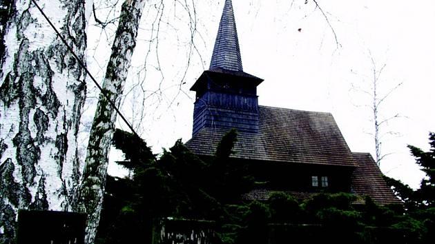 Kostelík v Dobříkově.