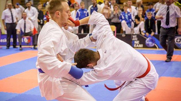 Z mezinárodních závodů v karate - Velká cena města Ústí nad Orlicí.