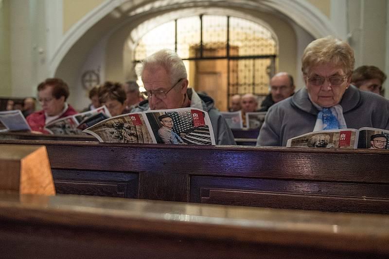 Snímek je z minulého koncertu, na kterém vystoupily dva soubory, český Schola cantus gregoriani a litevský In campo aperto.