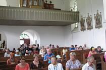 Z koncertu na podporu akce Vím já kostelíček v Heřmanicích.