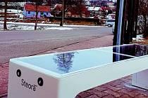 Přívrat má jako první obec inteligentní lavičku.