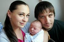 Oliver Pintér těší od 7. září 14.30 hodin rodiče Lucii a Dominika i sestru Kristínku z České Třebové. Na svět si přinesl 3,47 kg.