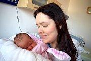 Kristýnka Marková se narodila 13. 3. ve 12.30 hodin s váhou 3,45 kg rodičům Ivaně a Lubomírovi z Benátek u Litomyšle. Doma se na ni těší bráškové Tadeášek a Vojtíšek.