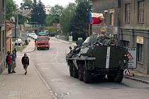 Jízda bojové techniky (Cihelna 2008).