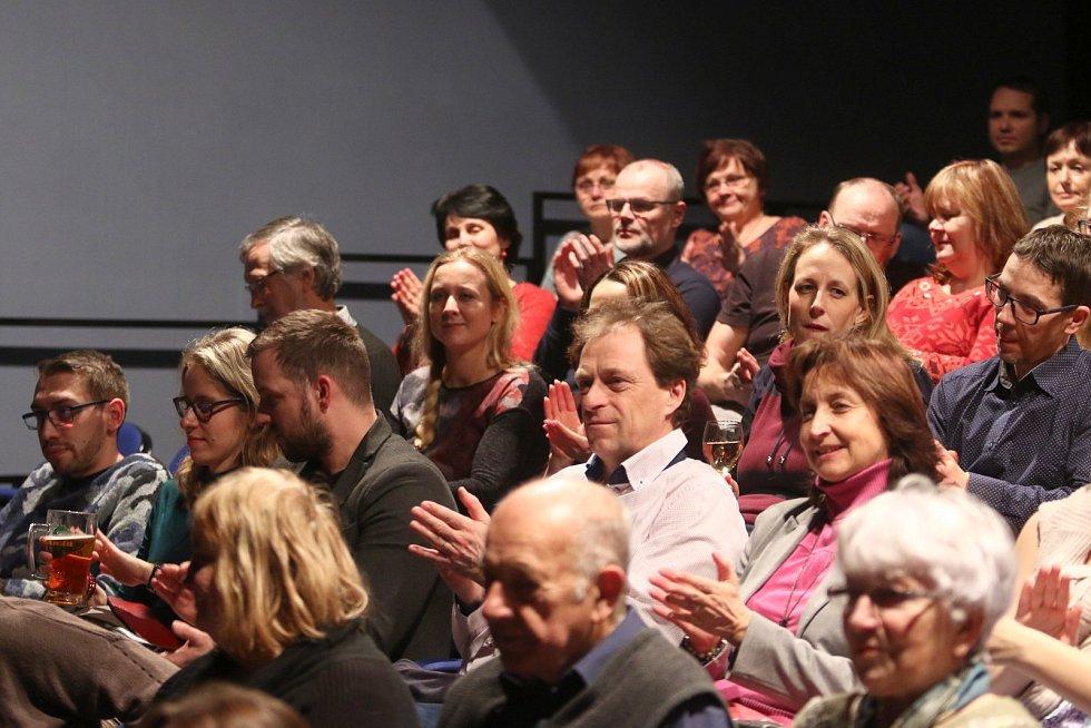 Jedenáctý ročník přehlídky Orlická Thálie v ústecké Malé scéně odstartoval v pátek 10. ledna Divadelní soubor Radar Praha se svým kusem Zlatý drak.