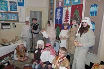 Z vánočního jarmarku Půjdem spolu do Betléma v ZŠ A. Jiráska v  Lanškrouně.