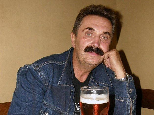 Umělecký kovář František Bečka.