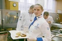 Lucie Cinková z 1. ročníku Střední školy obchodu, řemesel a služeb Žamberk.