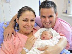 Valentina Mansfeld, takové jméno nese první dcera Venduly Jeřábkové a Pavla Mansfelda z Ústí. Po porodu 8. listopadu v 16.08 vážila 2,76 kg.