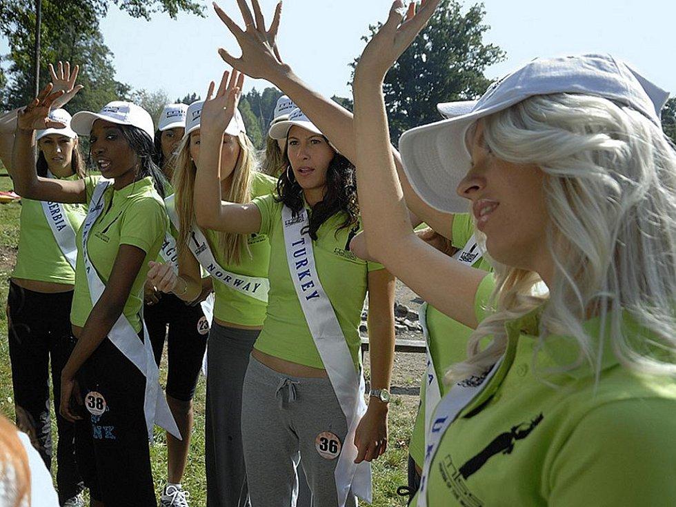 Finalistky prestižní soutěže Miss Europe & World Junior navštívily Ústí nad Orlicí.