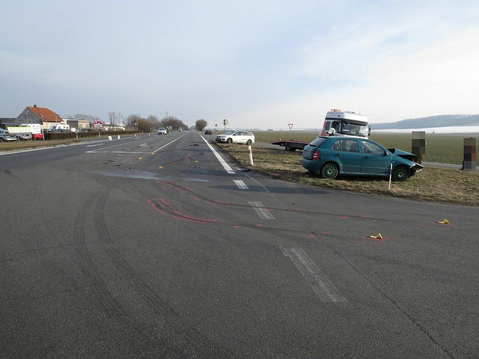 Křižovatka u Zámrsku je místem častých dopravních nehod.