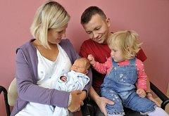Václav Dresler je po Aničce dalším dítětem Elišky a Romana Dreslerových z Lukové. Přišel na svět 18. 9. v 8.41 hodin,  porodní váhu měl 3,58 kg.