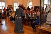 Výstava 100 let republiky láká na Muchovy známky i sedícího Masaryka.