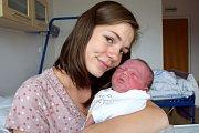 Tadeáš Kráčmar těší rodiče Petru a Lukáše z Lanškrouna. Narodil se 26. 5. v 13.23 hodin, vážil 4,3 kg a doma se na něj těší i sestry Veronika a Adéla.