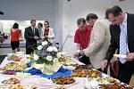 Ze slavnostního otevření mlékárny na Střední škole zemědělské a veterinární v Lanškrouně.