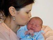 Richard Večeř se narodil s váhou 4300 g dne 6. 11. v 6.32 hodin. Doma v Litomyšli bude těšit rodiče Zuzanu a Pavla, i bratříčky Dominika a Filipa.