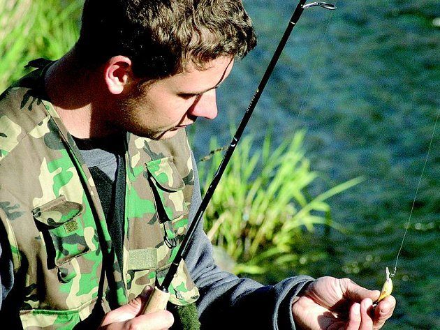Pro rybáře začala sezona.