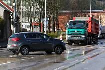 Modernizace hlavního průtahu Ústím nad Orlicí nezačala šťastně