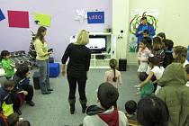 Sdružení Za jeden provaz z výtěžku benefičního plesu zvelebilo nízkoprahový klub pro děti v Borku.