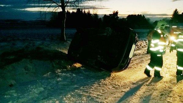 Hasiči zasahovali uřady dopravních nehod.