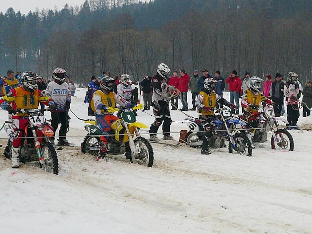 Motoskijöring Nekoř 2012.