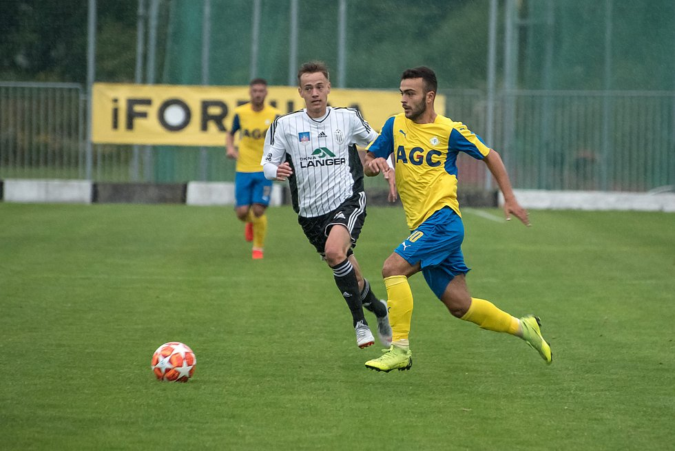 Fotbalisté Ústí nad Orlicí zahájili nový ročník třetí ligy vítězstvím nad rezervou Teplic 3:2.