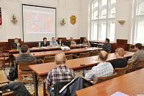 Z veřejného projednávání návrhu nového územního plánu.