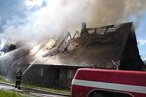Požár rodinného domu v Lichkově.