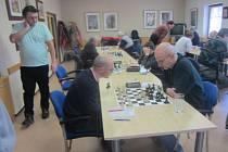 Druholigové derby ovládli šachisté Mýta.