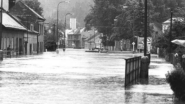 Povodně 1997 - Ústí nad Orlicí , Královéhradecká ulice.