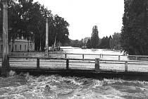 Povodně 1997 - Choceň, most u zámku.