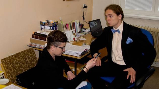S učitelem češtiny a dějepisu na ústecké Střední škole uměleckoprůmyslové Janem Pokorným hovořil Martin Synek.