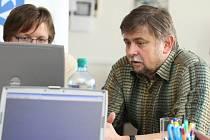 Ředitel ústecké nemocnice Martin Procházka při online rozhovoru.