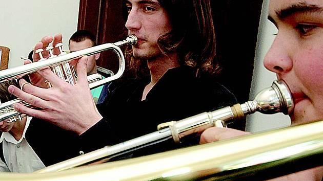 Mladí muzikanti ve Vysokém Mýtě