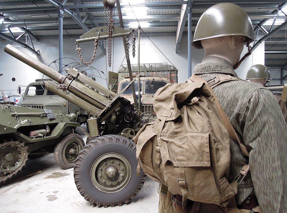 Další novinkou je i více figurín s dobovým oblečením a vybavením. Zdroj: Vojenské muzeum Králíky