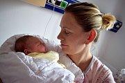 Klára Nováková je prvním dítětem Pavlíny a Petra z Dolní Dobrouče. Na svět přišla 19. 11. v 19.46 hodin, kdy vážila 3,660 kg.