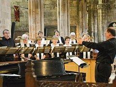 Smíšený pěvecký sbor z Annapolis koncertuje v Letohradě
