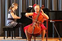 Heranova violoncellová soutěž - zahájení a úvodní den.