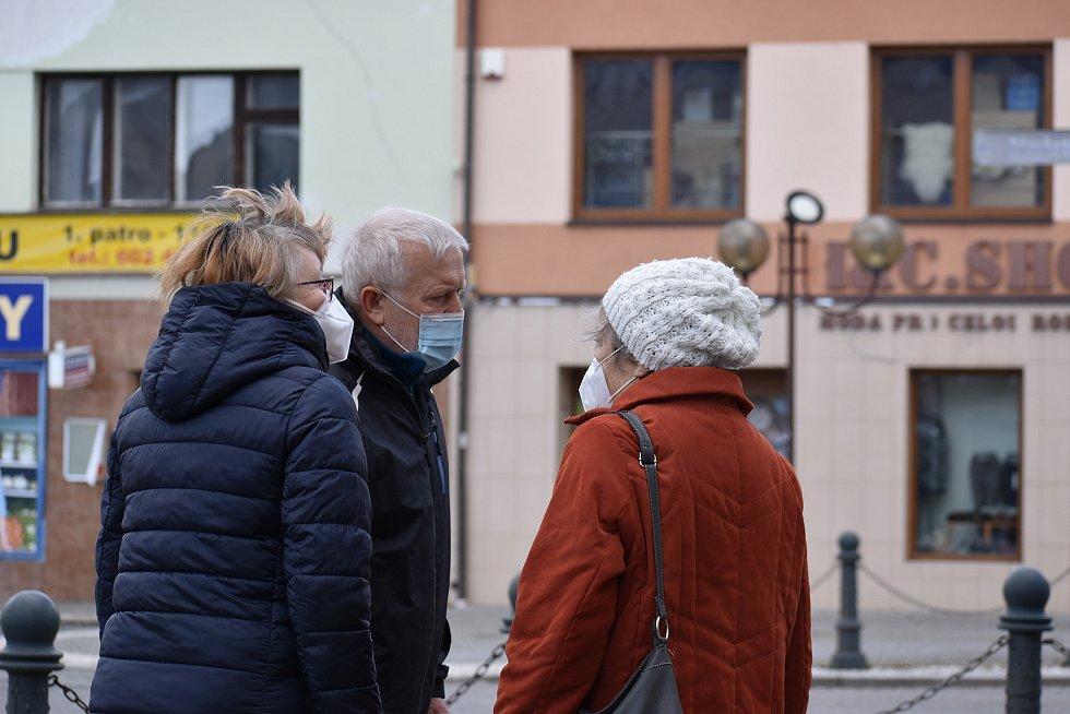 Obyvatelé Chocně dnes uctili památku obětí holocaustu