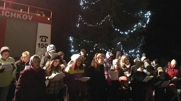 Adventní zpívání v Lichkově.