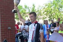 Vítěz závodu 24 hodin na kolech.