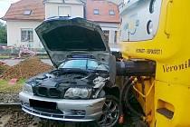 Střet motoráku s osobním autem ve Vysokém Mýtě.