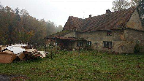 Dům v Krasíkově, kde v sobotu 14. října došlo k vraždě.