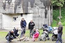 Z obnoveného pochodu Toulání kolem Orlice aneb Z Těchonína k vojenským pevnostem předmnichovské republiky.