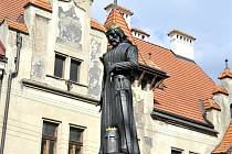 Z odhalení sochy Přemysla Otakara II. ve Vysokém Mýtě.